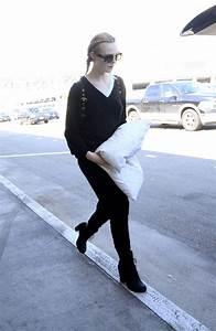 Elle Fanning Arrives In Los Angeles 313 2017