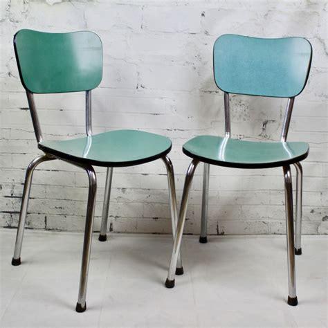 chaises formica chaise de cuisine en formica bleu pied compas vintage