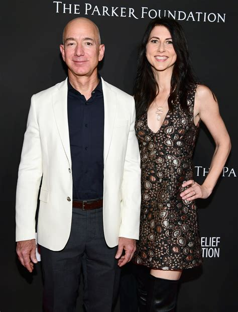 Jeff Bezos Young Photo : Jeff Bezos On Why His Kids Used ...