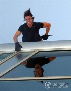 Hope solo: tom cruise mission impossible hanging