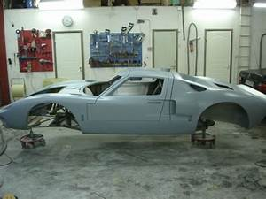 Replica build Ford gt40 with 5.4 modular