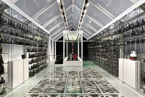 shanghai museum  glass