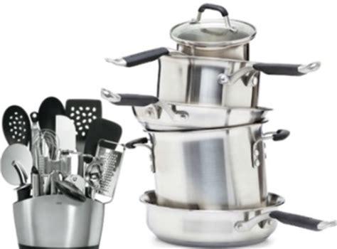 cuisiner un patisson ustensiles de cuisine de base gourmandise en image