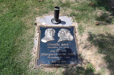 foto de Charlie Rich Found a GraveFound a Grave
