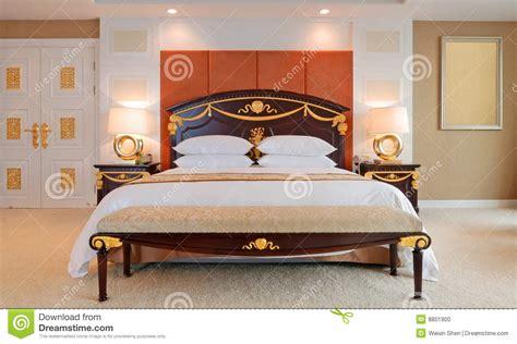 da letto di lusso da letto della serie di lusso in hotel fotografia