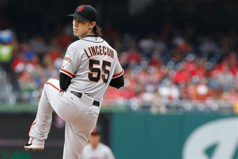 tim lincecum reportedly  guaranteed contract offer