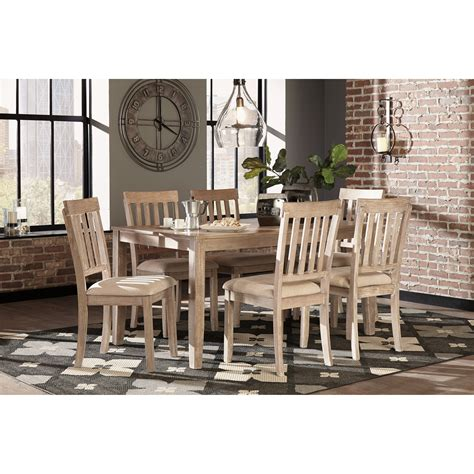 Benchcraft Mattilone Casual Dining Room Table Set With 6