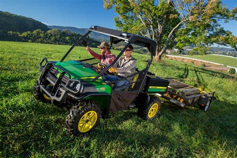 john deere gator light bar john deere unveils 2016 gator xuv 825i special edition at