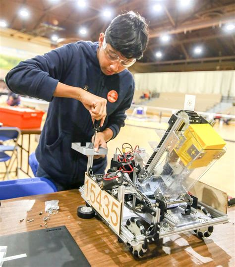 Robotics teams build on each others' strengths | Local ...