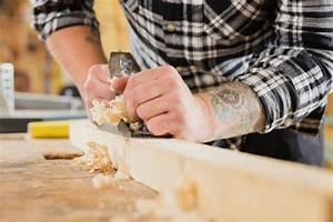 Macken Im Holz Ausbessern : holz ausbessern so kitten sie kleine fehler ~ Watch28wear.com Haus und Dekorationen
