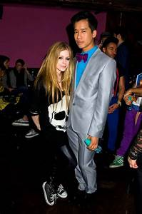 Avril Lavigne at Just Jareds Party-05 - GotCeleb
