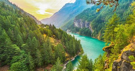 Best Road Trips from Seattle: North Cascades National Park