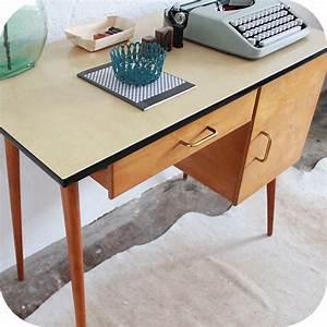 Bureau Enfant Vintage : d227 mobilier vintage bureau enfant f atelier du petit parc ~ Teatrodelosmanantiales.com Idées de Décoration