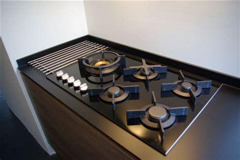 gaskookplaat naast koelkast 4 pits gasstel ikea huishoudelijke apparaten voor thuis