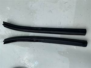 Oem Bmw E30 Convertible Top Seal Window Guide Seal L   R