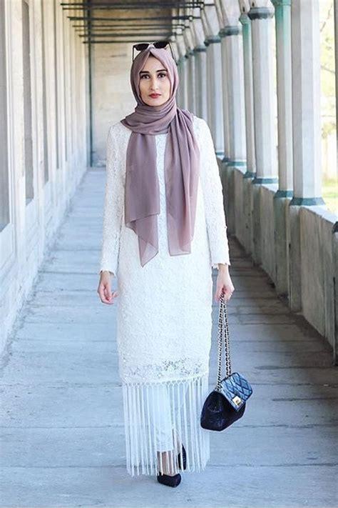 styles de hijab sublimes  de couleurs fashion