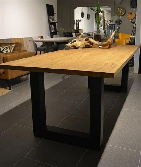 kringen op houten tafel kringen uit houten tafel affordable houten tafel