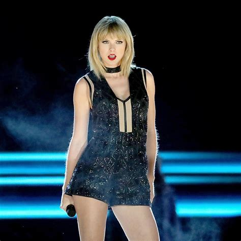 The meaning and symbolism of the word - «Taylor Swift»