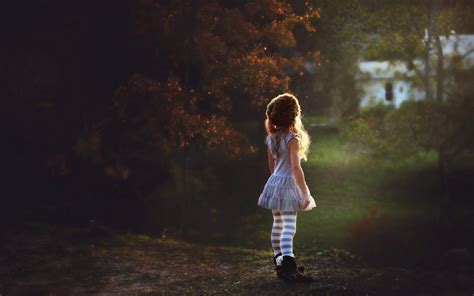 Cute lonely girl at the field - New hd wallpaperNew hd