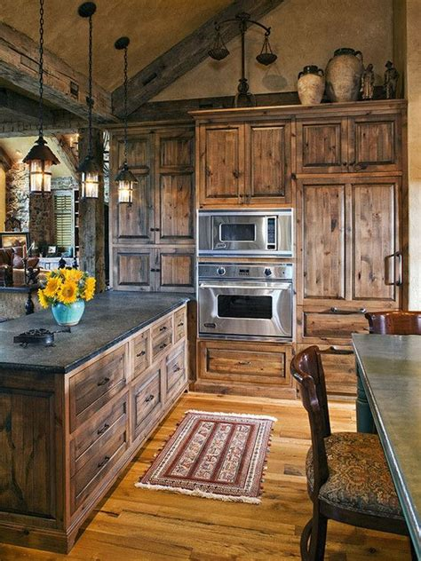 how to construct kitchen cabinets 25 best ideas about rustic cabin kitchens on 7224
