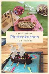 Piratenkuchen mit Piratenschiff für Piraten Kindergeburtstag