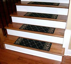 Stair Stair Design Idea With Red Oak Wood Treads Combine