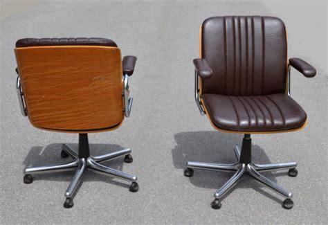 fauteuil de bureau cuir vintage chaise bureau cuir vintage table de lit a roulettes