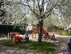 Junge Bäume Stützen : zwergenland kinderg rten in m hlhausen th ringen ~ Articles-book.com Haus und Dekorationen