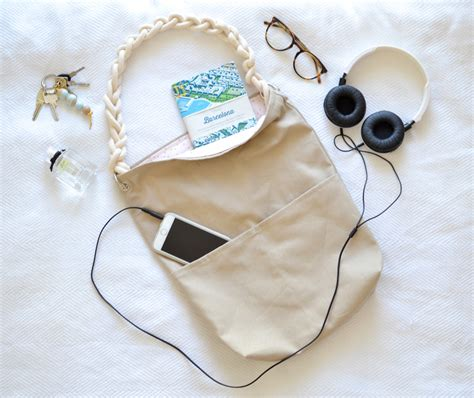 Selber Nähen Tipps by At Least Tote Bag Diy How To Sew Your Own Bag For Beginners