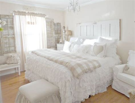 white shabby chic decor 25 delicate shabby chic bedroom decor ideas shelterness