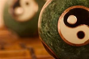 Bedeutung Yin Und Yang : yin yang feng shui beratung baden ~ Frokenaadalensverden.com Haus und Dekorationen