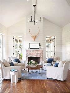 How to Get the 'Fixer Upper' Look in Your Home - Jenna Burger