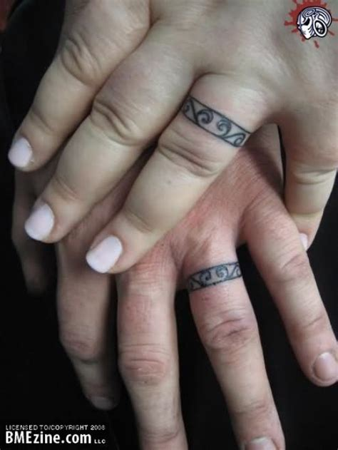finger ring couple tattoo