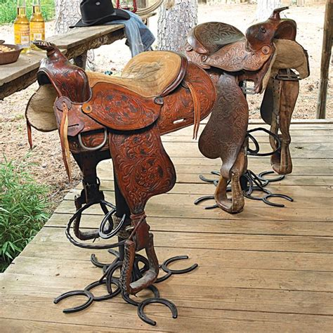 cool    authentic american western saddle  perches   clever horseshoe