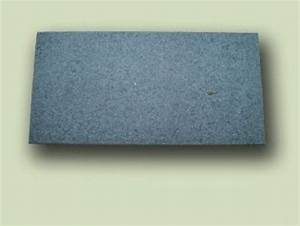 Granit Geflammt Und Gebürstet : granit padang dunkel geflammt und geb rstet hst hanse stone ~ Markanthonyermac.com Haus und Dekorationen