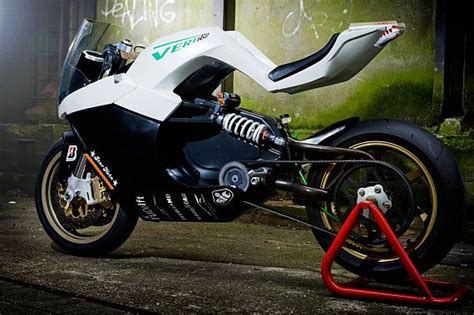10 Futuristic Electric Motorcycle Designs That Talk Speed