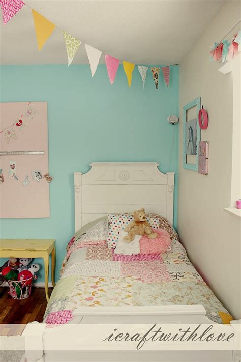 bright fun girls room paint color behr sweet rhapsody