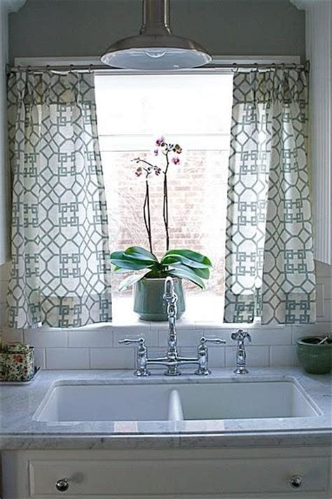 Kitchen Curtain Ideas Above Sink by Kitchen Cafe Curtains Transitional Kitchen Caitlin