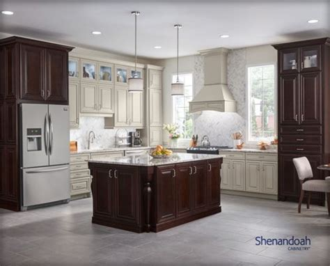 lowes custom kitchen cabinets shop custom cabinets at lowe s 7210