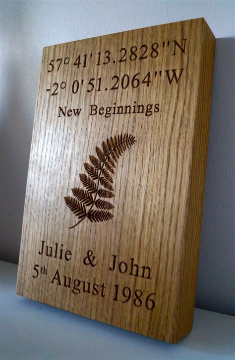 engraved picturesimages  wood makemesomethingspecial