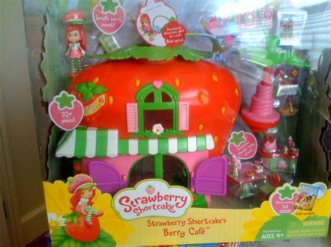 strawberry shortcake dolls stephanie oppenheim  toys
