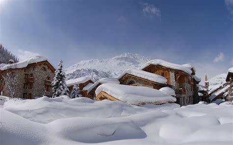 canape meridienne design hotel avenue lodge val d 39 isere chalets sous la neige