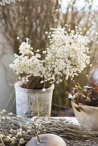 les 25 meilleures idees de la categorie bouquet de fleurs With chambre bébé design avec couronne de vraies fleurs