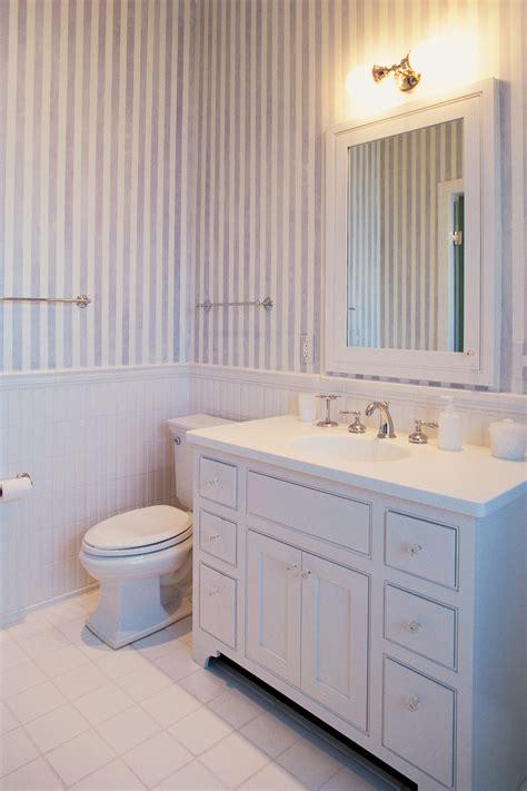 install  freestanding bathroom vanity