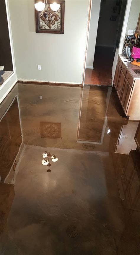 epoxy flooring time 17 best ideas about epoxy floor on pinterest garage floor epoxy painted garage floors and