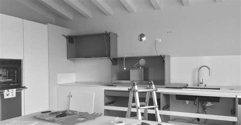 Montare Una Cucina Ikea by Come Montare Una Cucina Componibile La Libreria