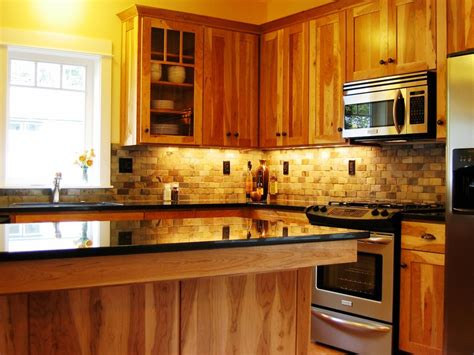 backsplash for kitchen with black granite countertop yellow wall paint decoration in modern small kitchen 9702