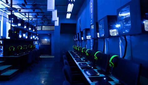 Gaming Center - Blue Screen Gaming