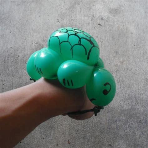 easy balloon animals how to make a turtle balloon bracelet