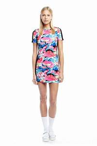 robe maille tabloid rose fluo robe manches courtes femme With robe rose fluo